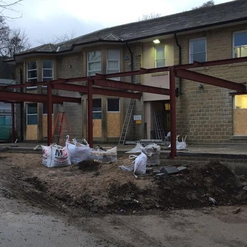 school building contractors